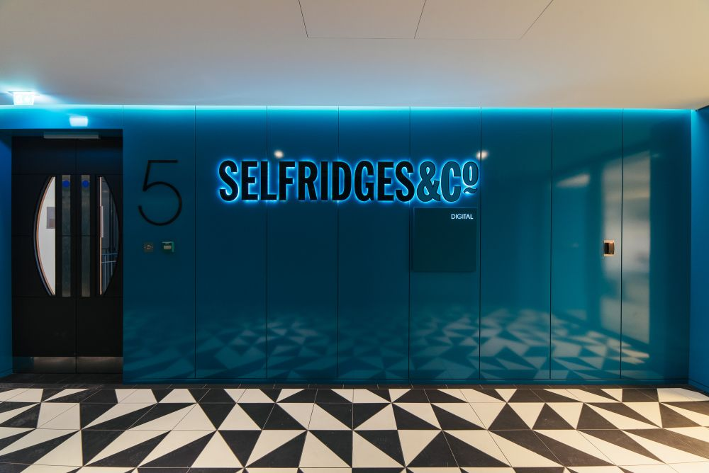 electrical contractor for Selfridges gallery 12
