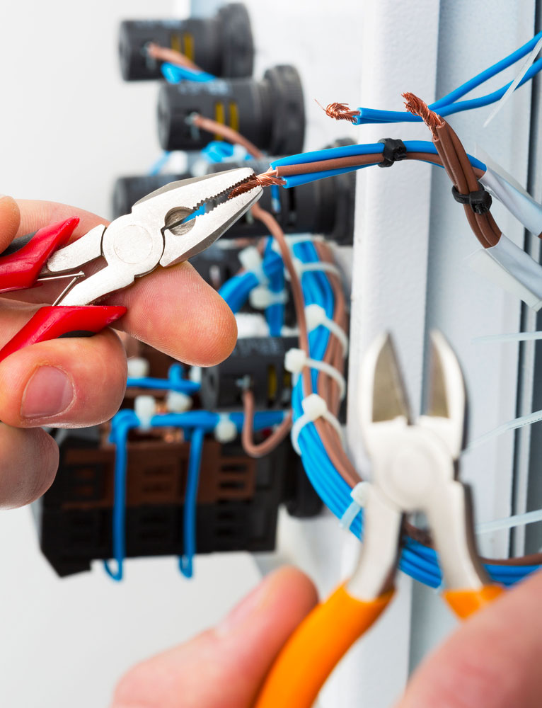 uk leading electrical contractor